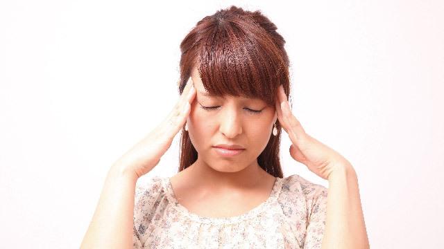 頭が痛い、そんなとき。風邪薬と痛み止めは併用していいの?