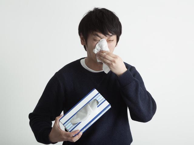 花粉による鼻水をスッキリ改善! 市販薬ナザールαARの効果と副作用
