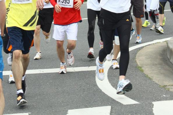マラソン時、足がつるときに飲むと良い? 漢方「芍薬甘草湯」の効果