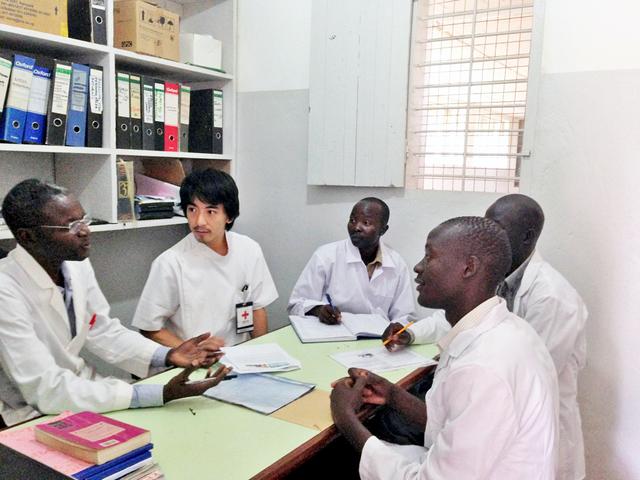 日本、インドネシア、ウガンダ…世界で活躍する薬剤師に聞く、日本赤十字社というキャリア②