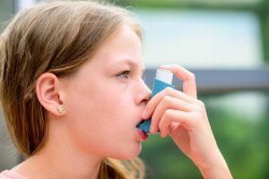 喘息(ぜんそく)治療は吸入薬が基本。吸入薬の種類と注意点を解説
