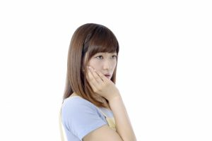 市販痛み止めナロンエースの歯痛に対する効果について解説