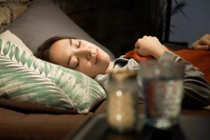 睡眠薬について解説!『ブロチゾラム』とアルコールの飲み合わせは?