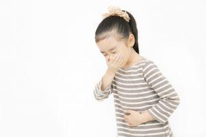 【嘔吐がひどい】熱がないのに吐いてしまう・・・これは何かの病気?