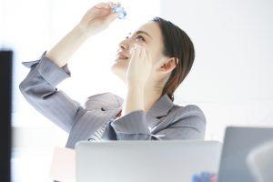 【薬剤師が解説】目の充血に効く目薬は?おすすめの市販薬9選を紹介