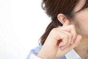 【2021年】耳だれは早めの受診を!自宅でできるおすすめの薬と応急処置とは?